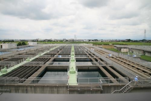 浄水場、広っ!
